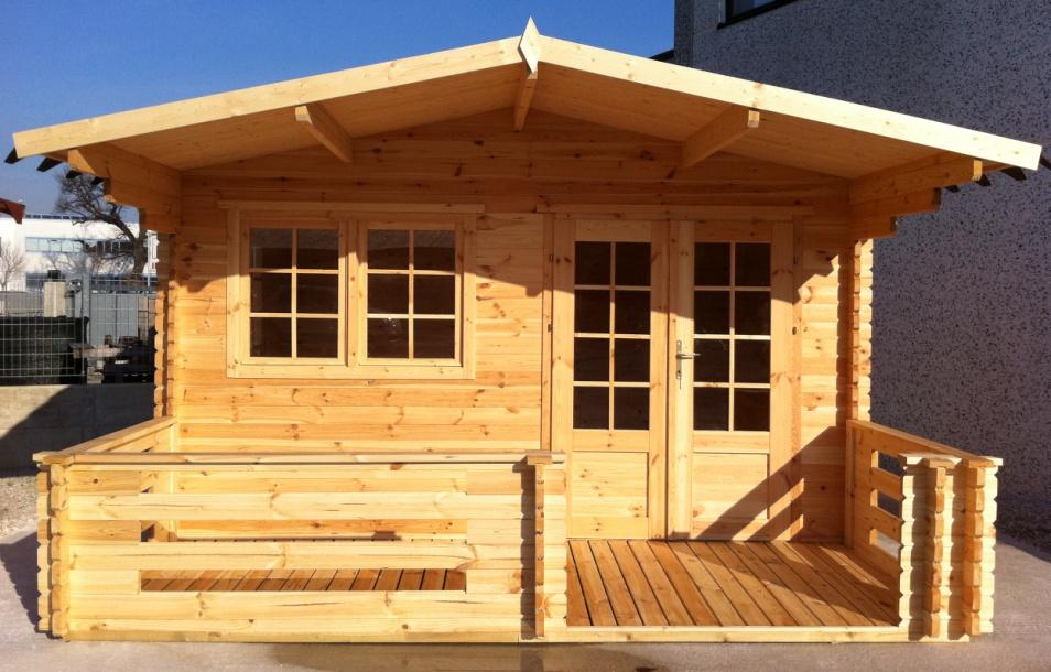 Case e casette prefabbricate in legno for Cerco casetta in legno da giardino usata