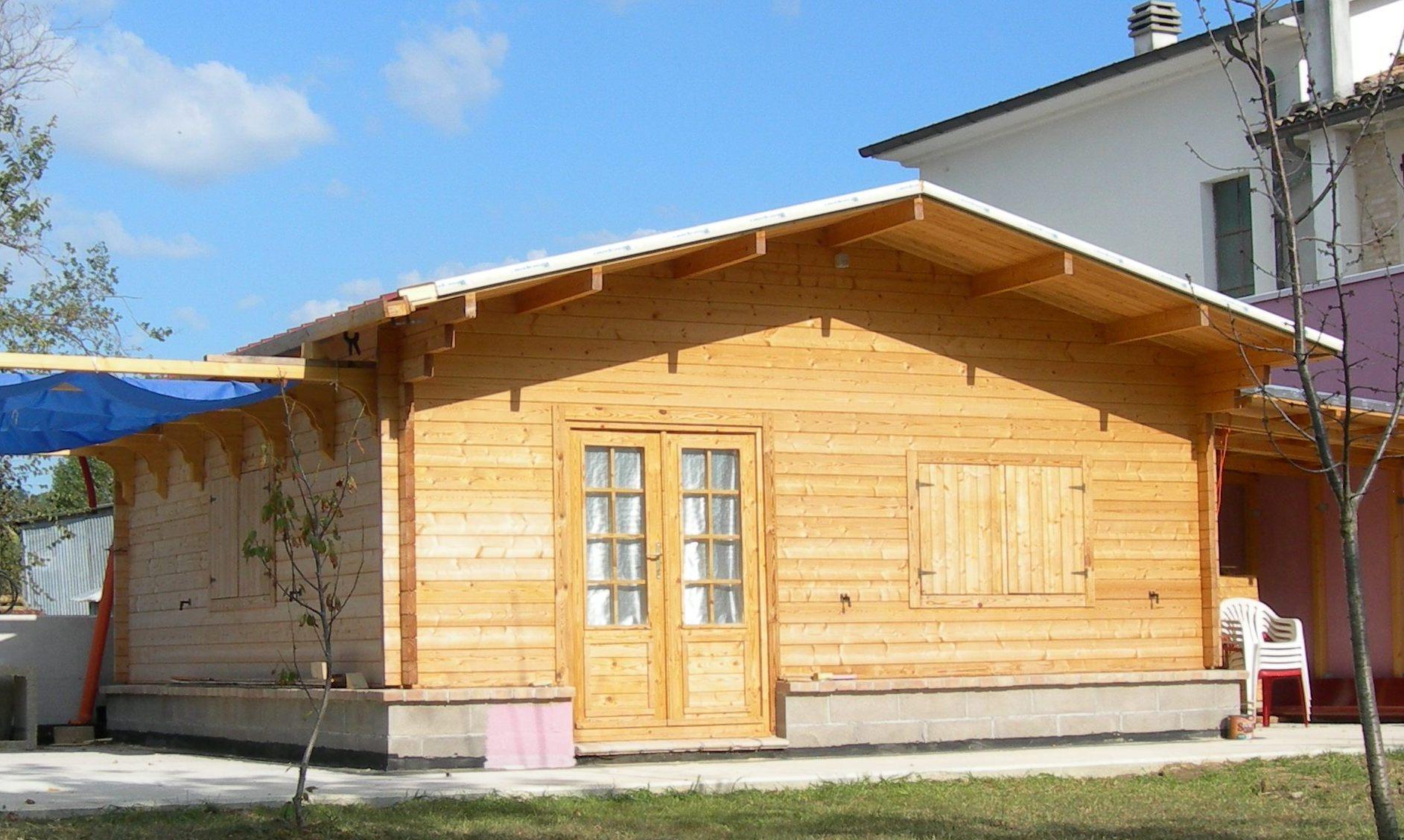 Casa in legno ravenna for Casette prefabbricate legno